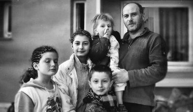 Syrian refugee family in Crete