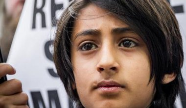 youngster at islamist demo.jpg